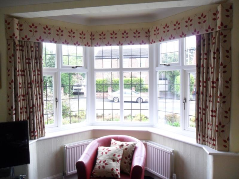 how to make a curtain pelmet for bay window